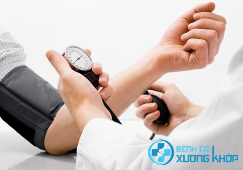 Điểm lại những sai lầm khi điều trị bệnh huyết áp cao mà ai cũng mắc