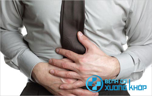 Bệnh nhân viêm Đại tràng thường có dấu hiệu đau quặn bụng