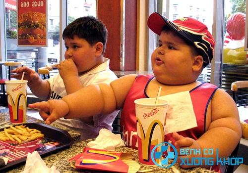 Vì sao trẻ em vẫn có thể bị huyết áp cao?