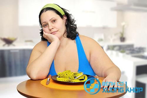 Thừa cân, béo phì cũng là nguyên nhân gây thoát vị đĩa đệm cột sống