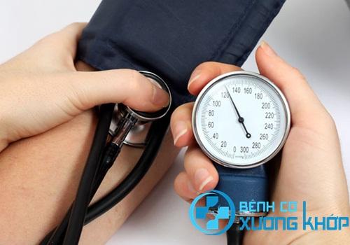 Báo động: Nhiều người bị bệnh cao huyết áp đột tử vì chủ quan