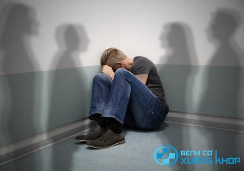 Chuyên gia chỉ ra nguyên nhân gây ra bệnh tâm thần phân liệt ở người lớn