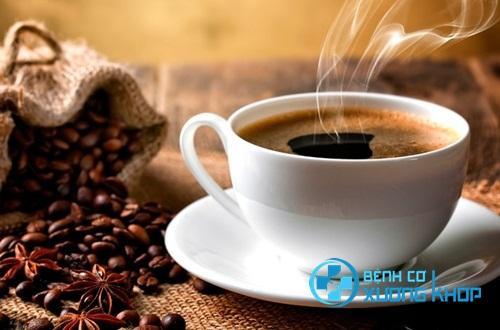 Bệnh nhân bị bệnh huyết áp cao hạn chế sử dụng cafein