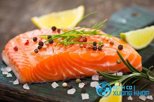 Bệnh nhân tăng huyết áp nên tăng cường sử dụng cá