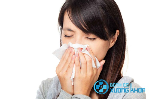 Viêm mũi dị ứng là bệnh thường gặp khi trời lạnh