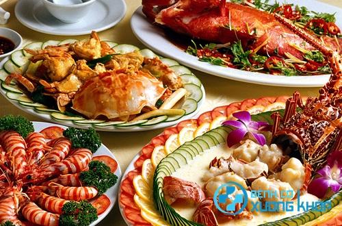 Không nên ăn quá nhiều các loại hải sản