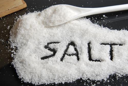 Bệnh nhân tăng huyết áp không nên ăn quá nhiều muối