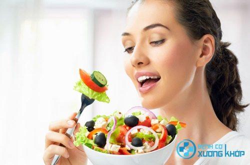 Giữ vệ sinh an toàn thực phẩm góp phần ngừa bệnh viêm đại tràng