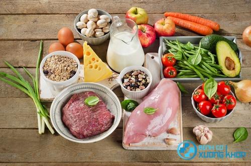 Bệnh nhân tiểu đường cần có chế độ ăn uống hợp lý để kiểm soát bệnh