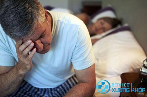 Điều trị dứt điểm các nguyên nhân gây ra bệnh thiếu ngủ ở người lớn tuổi
