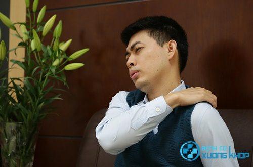 Triệu chứng lâm sàng hội chứng căng đau vai gáy