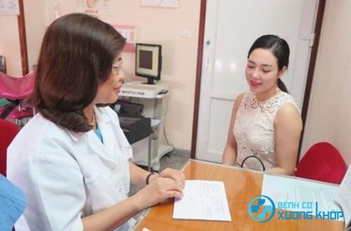 Lời khuyên từ chuyên gia cho người bệnh loãng xương