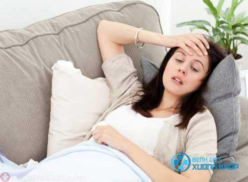 Khi bị suy nhược cơ thể sau sinh mẹ cần làm gì?