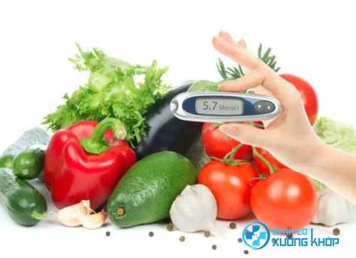 Chế độ ăn đóng vai trò rất quan trọng với người mắc bệnh tiểu đường