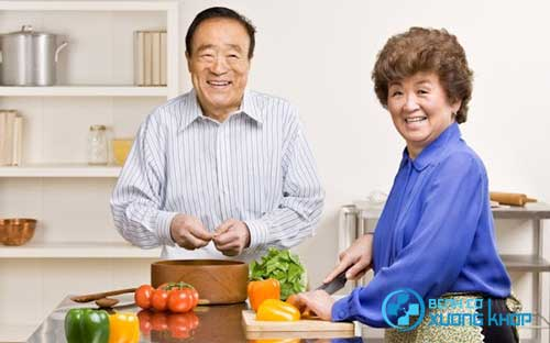 Nhờ có chế độ ăn uống lành mạnh mà người Nhật rất ít khi bị viêm đại tràng