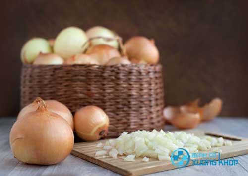 Hành tây cũng được khuyến cáo dùng cho người mắc bệnh mỡ máu