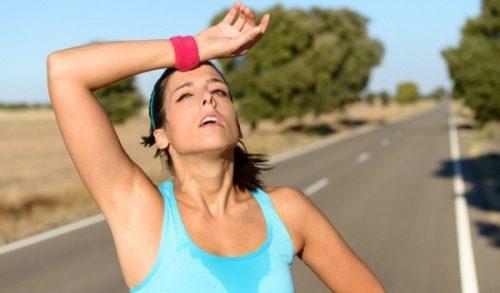 Ngoài việc duy trì chế độ ăn uống lành mạnh người huyết áp thấp cũng cần tập thể dục thể thao điều độ