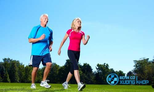 Cơ thể được vận động cũng là cách giúp các khớp được dẻ dai và những cơn đâu được đẩy lùi