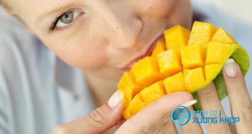 Việc bổ sung xoài thường xuyên vào chế độ ăn giúp cải thiện tốt sức khỏe