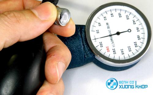 Đường khiến người bệnh cao huyết áp gặp nhiều vấn đề xấu trong sức khỏe