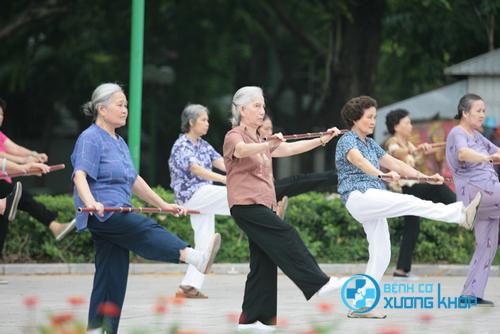 Tập thể dục cũng là một cách đầy lùi bệnh đau cơ xương khớp