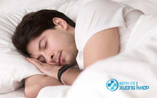 Ngủ đủ giấc là một cách giúp cơ thể đẩy lùi bệnh tim mạch