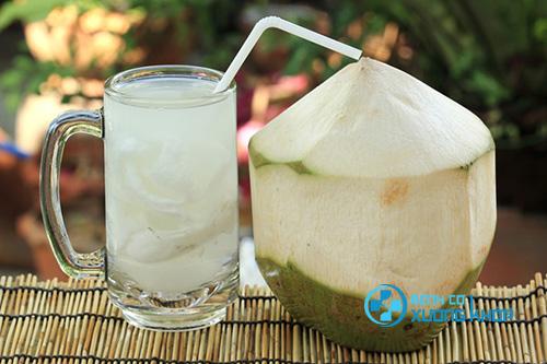 Nước dừa có tác dụng như thế nào với bệnh nhân tiểu đường?