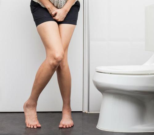 Dấu hiệu của cơ thể khi mắc phải bệnh tiểu không kiềm soát