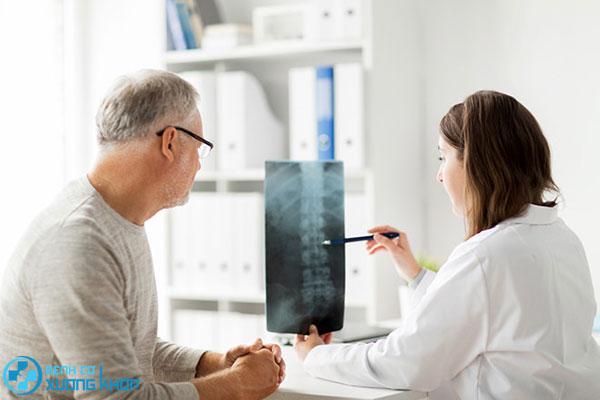 Điều trị bệnh cơ xương khớp càng sớm càng tốt