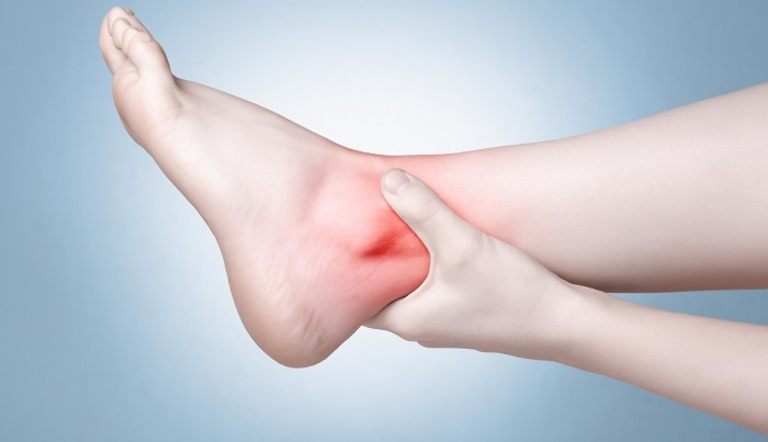 Hướng dẫn xoa bóp bấm huyệt trị thoái hóa cổ chân